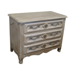 Davis Cabinet French Style 3 Drawer Commode Chest