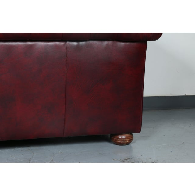 1970'S Burgundy Emerson Leather Chesterfield Sofa - Image 8 of 10