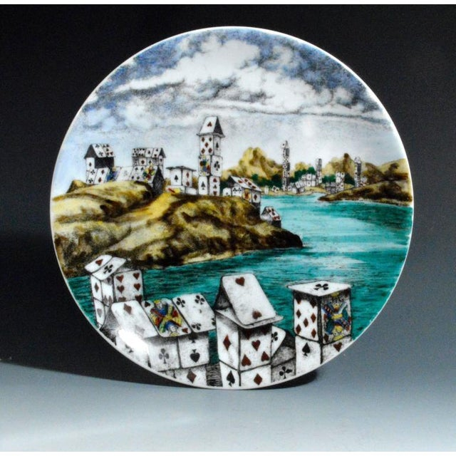 Piero Fornasetti Citta DI Carte City of Cards Plates in Complete Set of Twelve - Image 8 of 10