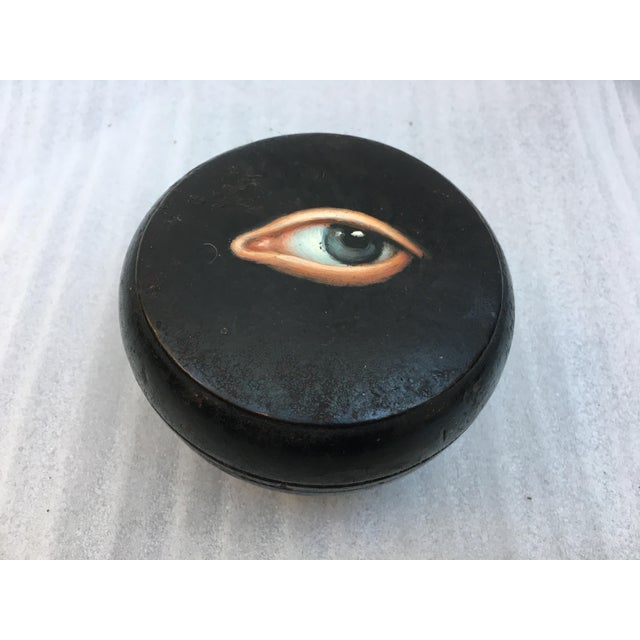 Image of Geisha Face Powder Box with Painted Eye