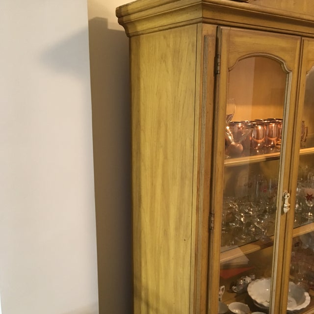 Traditional Style Yellow Stained China Cabinet - Image 4 of 7