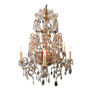 18th Century Italian Genoese Chandelier with Finely Carved Giltwood and Crystal