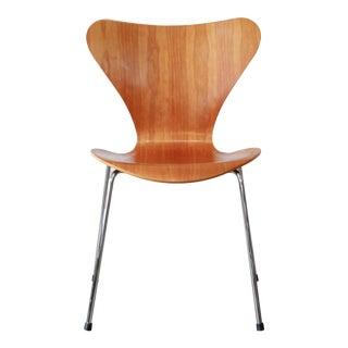 Fritz Hansen Series 7 Chair by Arne Jacobsen