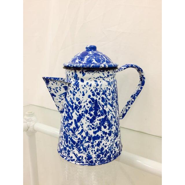 Blue & White Paint Splattered Enamel 5-Piece Tea Set - Image 9 of 11