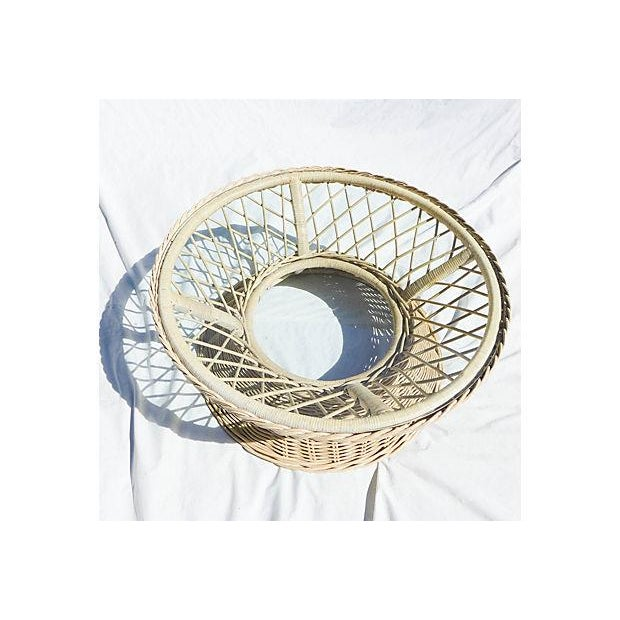 Round Rattan Coffee Table Glass Top: Vintage Round Wicker Glass Top Coffee Table