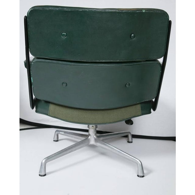 Image of Eames Executive Lounge Chair by Herman Miller
