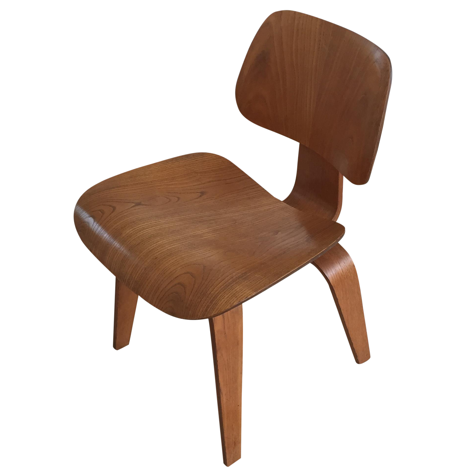 Mid Century Eames Style Dcw Wood Dining Chair Chairish : 5899da4c 503e 4161 a16f bbdf4a7eea02aspectfitampwidth640ampheight640 from www.chairish.com size 640 x 640 jpeg 23kB