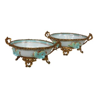 Pair of Oval Chinese Export Dishes