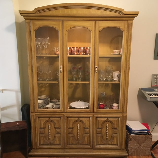 Traditional Style Yellow Stained China Cabinet - Image 2 of 7