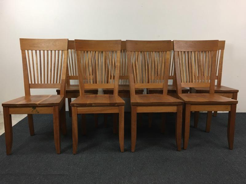 Borkholder Furniture Amish Carved Wood U0027Heartlandu0027 Side Chairs U0026 Table    Set Of 9