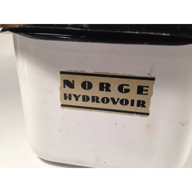 Image of Norge Hydrovoir Enameled Refrigerator Box