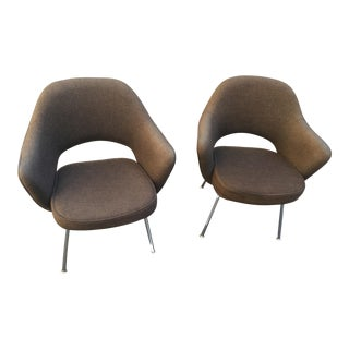 Brown Wool Eero Saarinen Executive Chairs by Knoll - A Pair