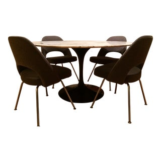 Knoll Saarinen Dining Set