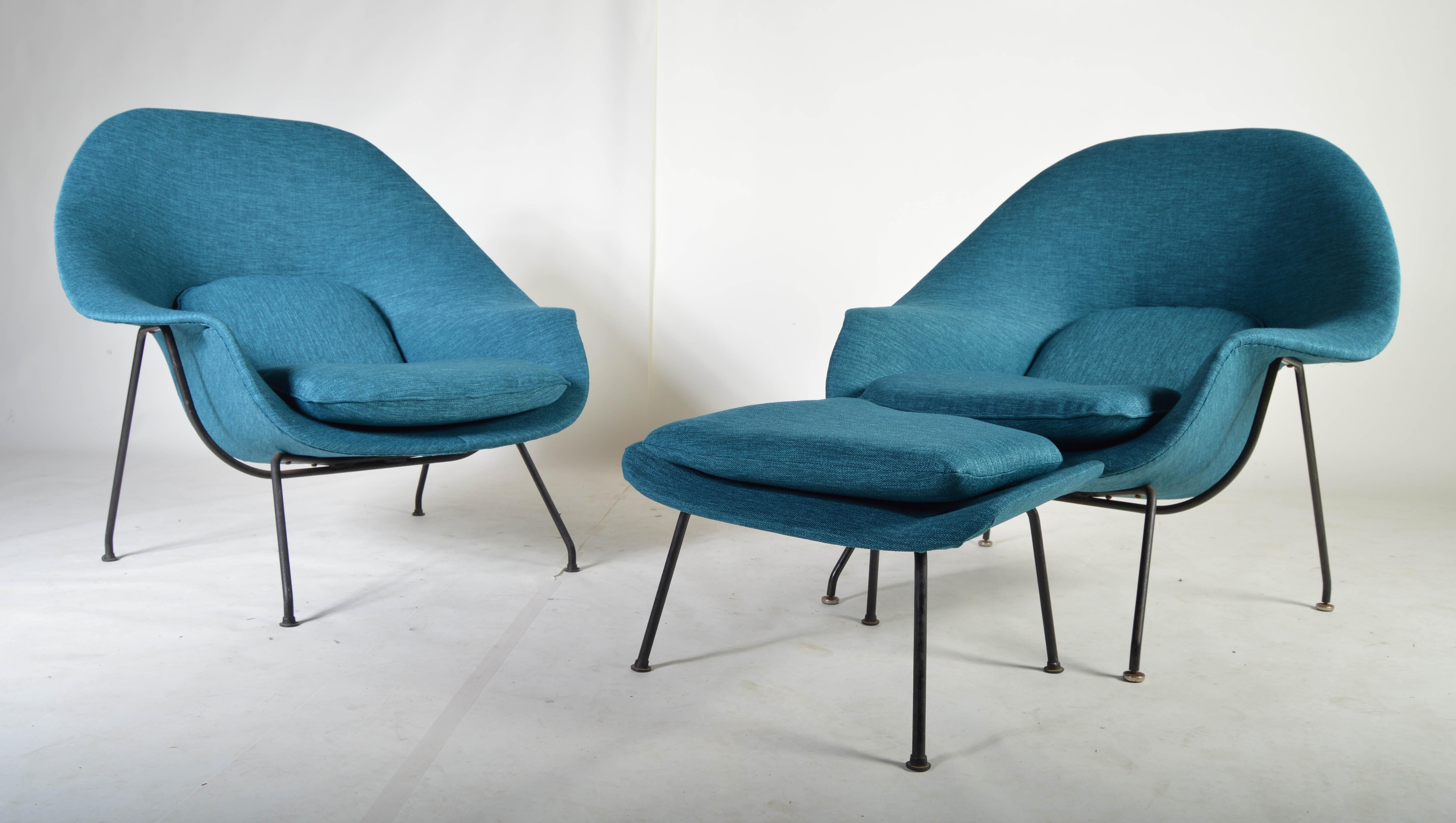 early 1950u0027s eero saarinen womb chairs for knoll a pair with 1 ottoman image