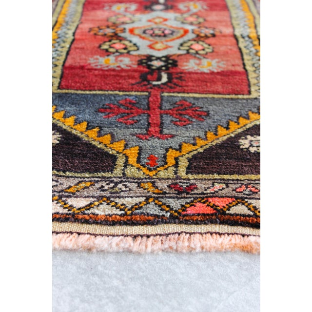 Soft Colorful Turkish Foot Rug - 1′6″ × 2′11″ - Image 4 of 4