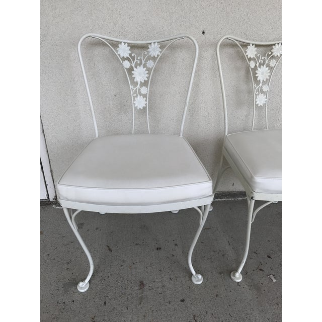 Vintage Woodard Wrought Iron Patio Chairs - Daisy Floral - Set of 4 - Image 3 of 8