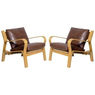 Pair of Hans Wegner GE-671 Lounge Chairs