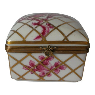 Antique French Sevres Vincennes Hand Painted Porcelain Trinket Box