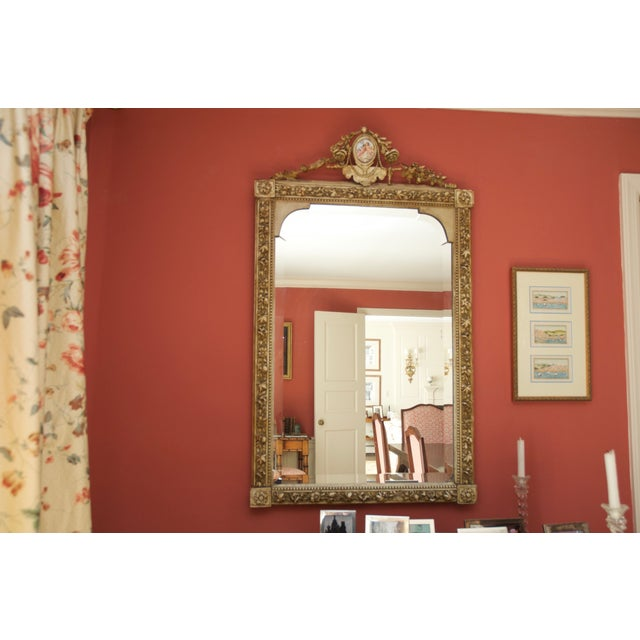 Carved Gilded Wall Mirror With Porcelain Cartouche - Image 4 of 5