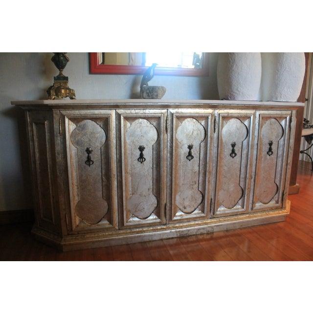 Hollywood Regency Silver Leaf Gabinet & Marble Top - Image 8 of 11