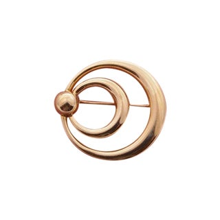 Retro Gold Brooch