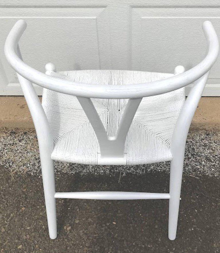 Hans Wegner Wishbone Chairs, CH24 In White   Set Of 4   Image 5 Of
