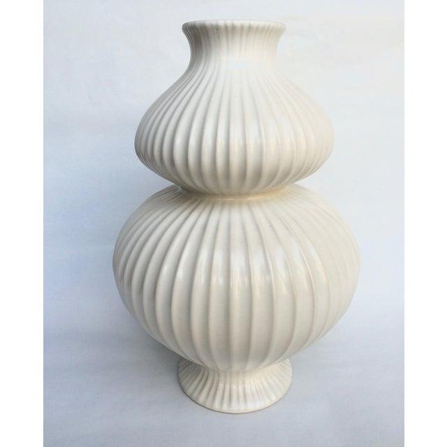 jonathan adler white vase chairish. Black Bedroom Furniture Sets. Home Design Ideas