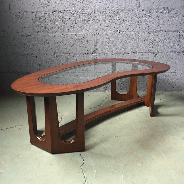 Bassett Mid-Century Kidney Coffee Table