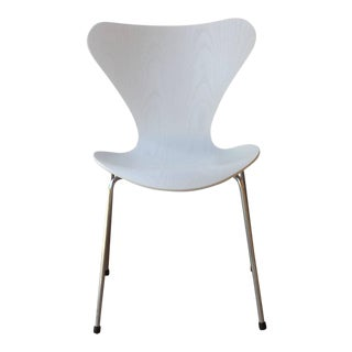 Four Arne Jacobsen Series 7 Chairs