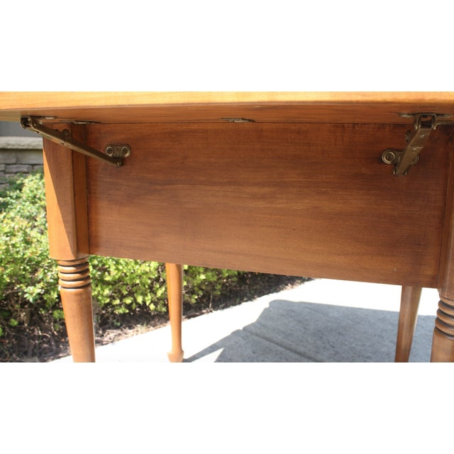 Vintage Queen Anne Style Drop Leaf Side Table - Image 5 of 5