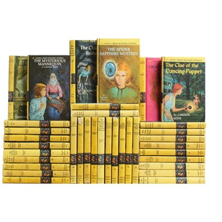 Vintage Nancy Drew Books - Set of 36