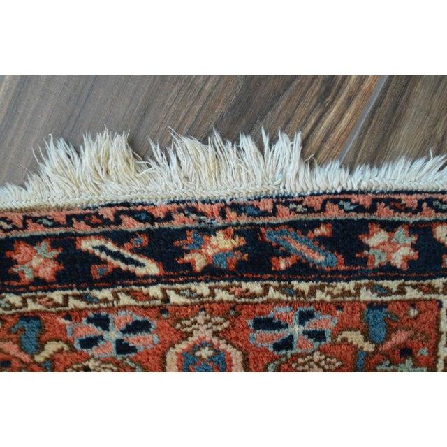"Vintage Persian Heriz Rug - 2' x 2'8"" - Image 7 of 8"