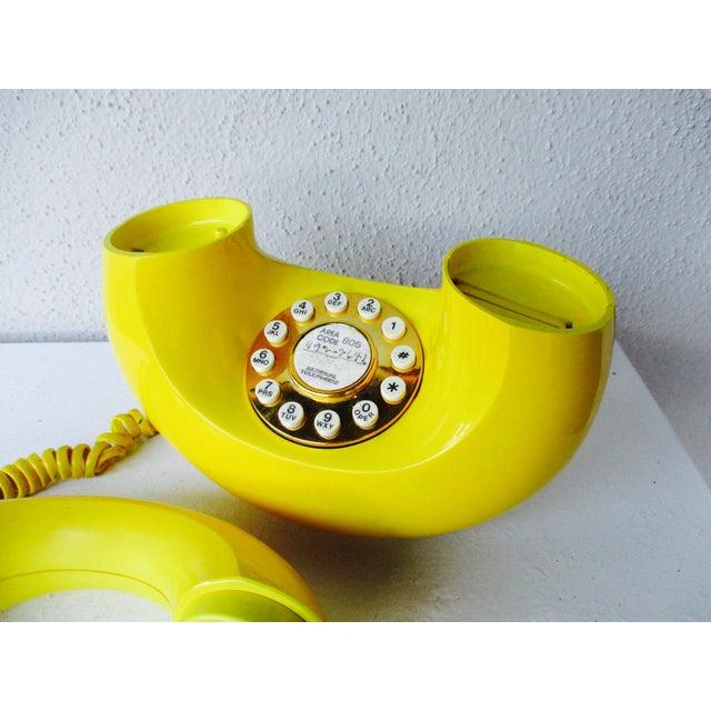 Bright Yellow Sculptura Donut Telephone Phone - Image 10 of 11