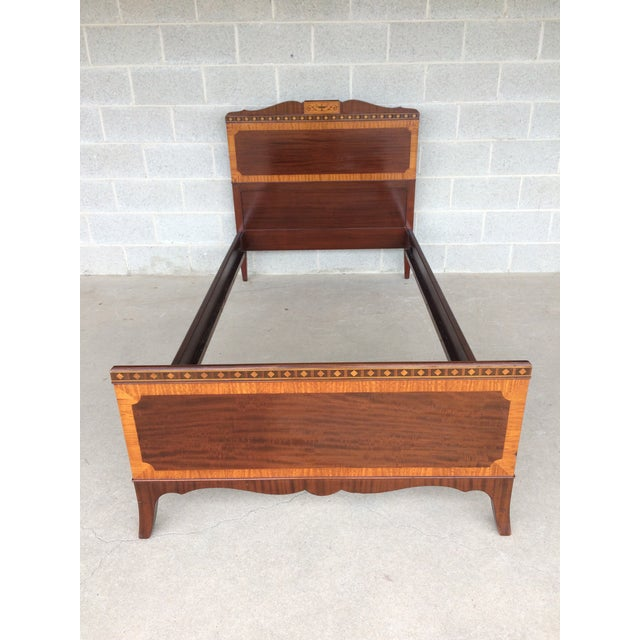 Kindel Quality Adams Style Banded Mahogany Single Bed - Image 2 of 9