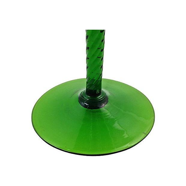 1960s Green Blown Glass Bonbonniére - Image 4 of 7