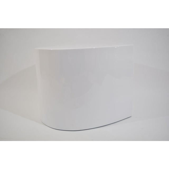 White Lacquer Teardrop Side Table, Karl Springer Style - Image 6 of 6