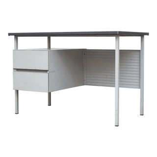 Gispen Industrial Desk with Privacy Screen
