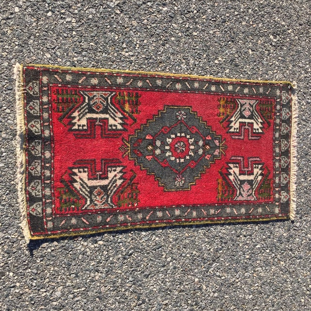 "Vintage Red Anatolian Persian Rug - 1'9"" x 3'3"" - Image 2 of 8"