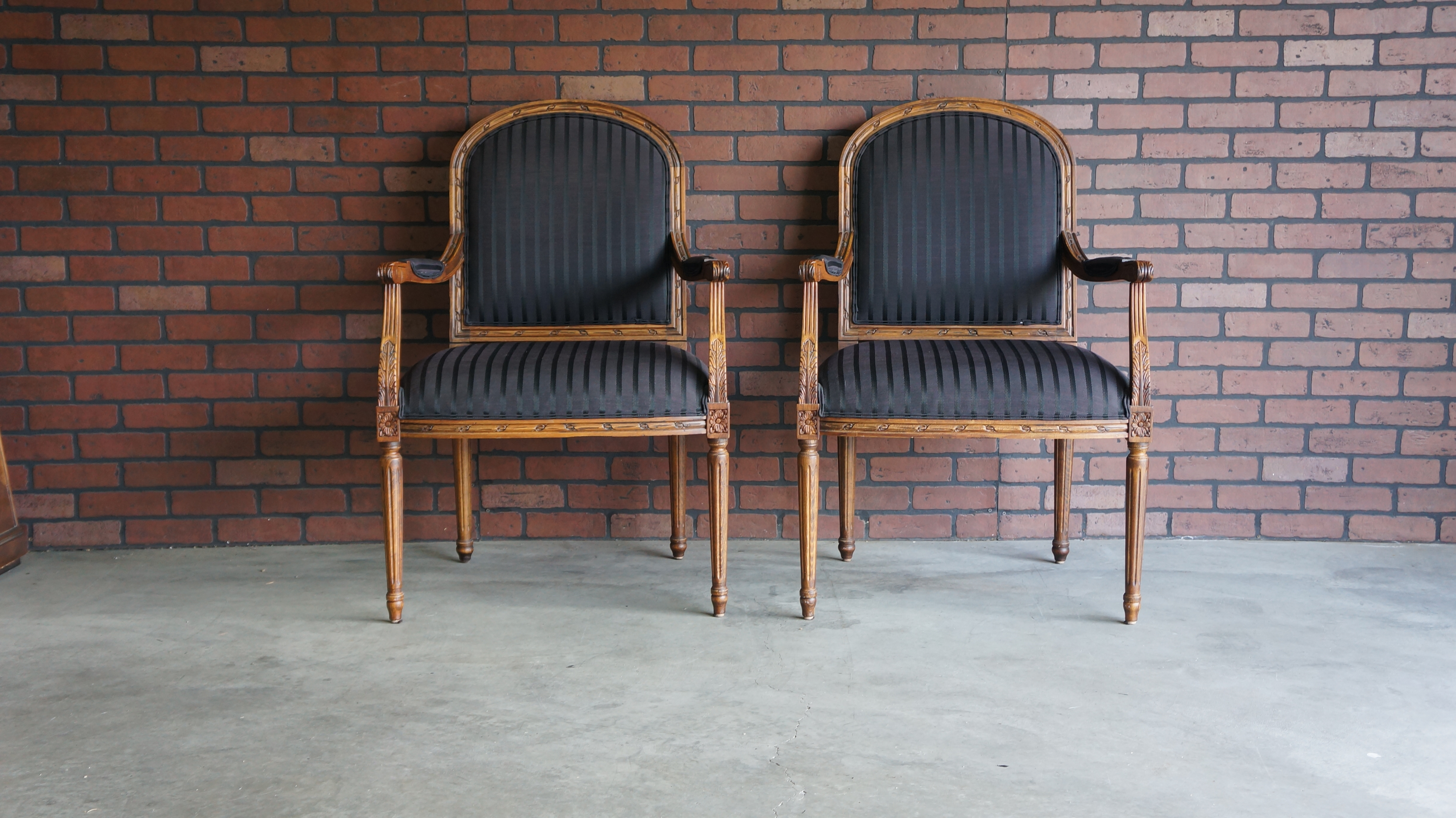 Ethan Allen French Style Accent Chairs  A Pair   Image 2 Of 8