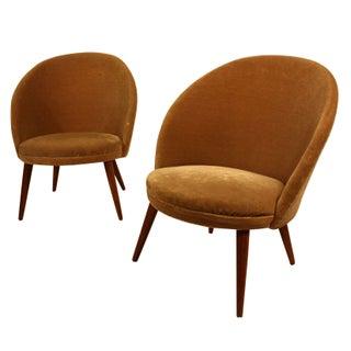 Fritz Hansen Slipper Chairs - A Pair