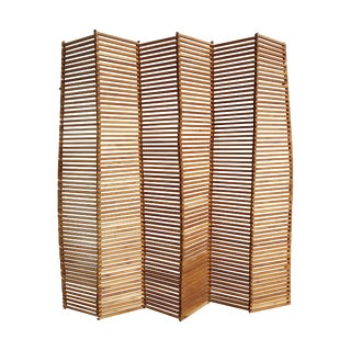 Pliable Wooden Slat Screen