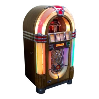 Vintage Wurlitzer Bubbler Jukebox
