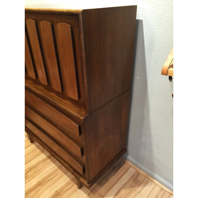 American of Martinsville Mid-Century Dresser Chest - Image 4 of 8
