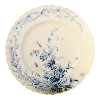 English Scalloped Dinner Plate