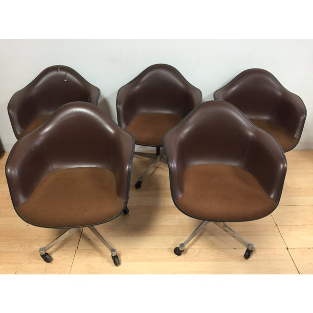 Eames Shell Chairs for Herman Miller - Set of 5 - Image 2 of 9