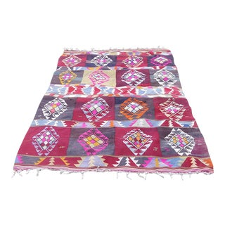 Patterned Turkish Kilim Rug -5′1″ × 7′6″