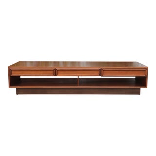 Brown And Saltman Walnut Coffee Table