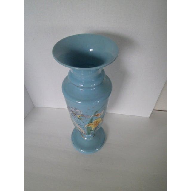 Large Robins Egg Blue Bristol Glass Vase - Image 6 of 7