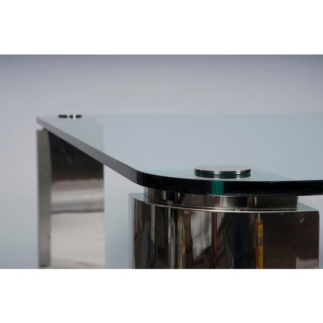 POLISHED STEEL AND GLASS DINING TABLE - Image 6 of 6