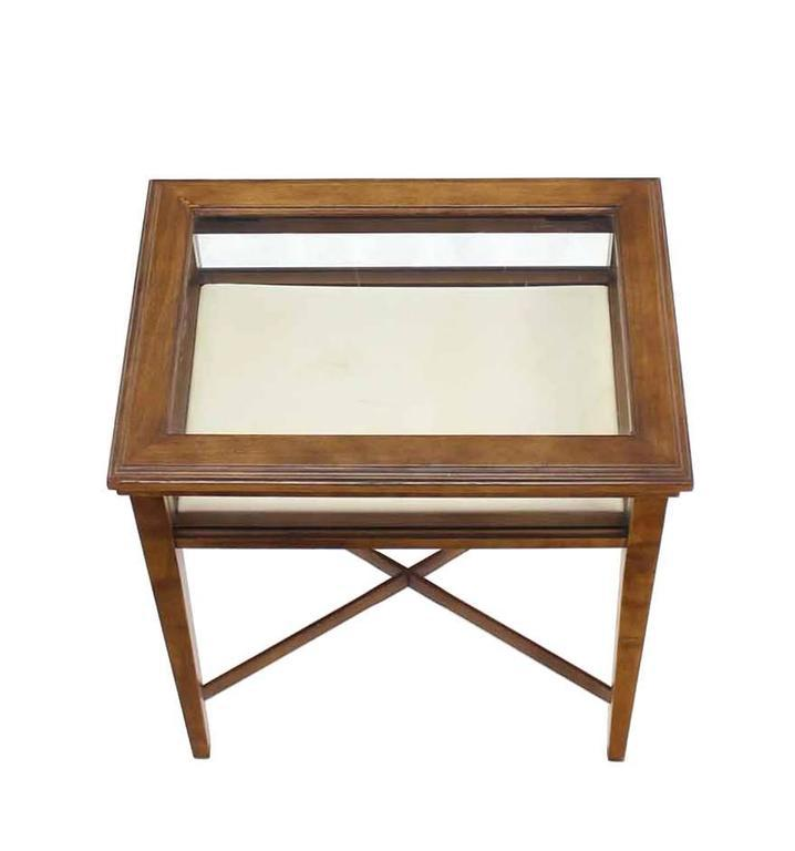 Small Lift Top End Table Display Case   Image 4 Of 8